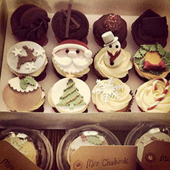 Christmas cupcakes - Cupcakes and Celebration cakes