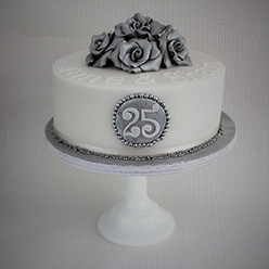 Silver 25th anniversary cake - Cupcakes and Celebration cakes