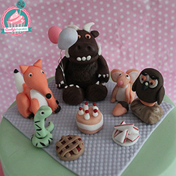 The Gruffalo picnic birthday cake - Cupcakes and Celebration cakes