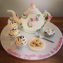 Vintage tea party cake - Cupcakes and Celebration cakes