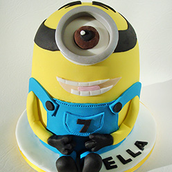 Minion cake - Cupcakes and Celebration cakes