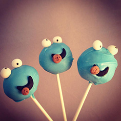 cookie monster cake pops - treats and wedding favours