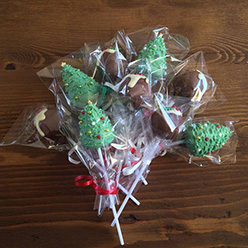 chirstmas cake pops - treats and wedding favours
