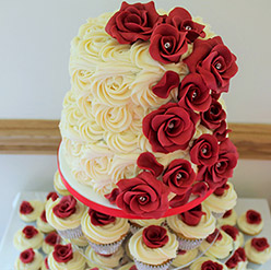 2 tier Red roses wedding cake